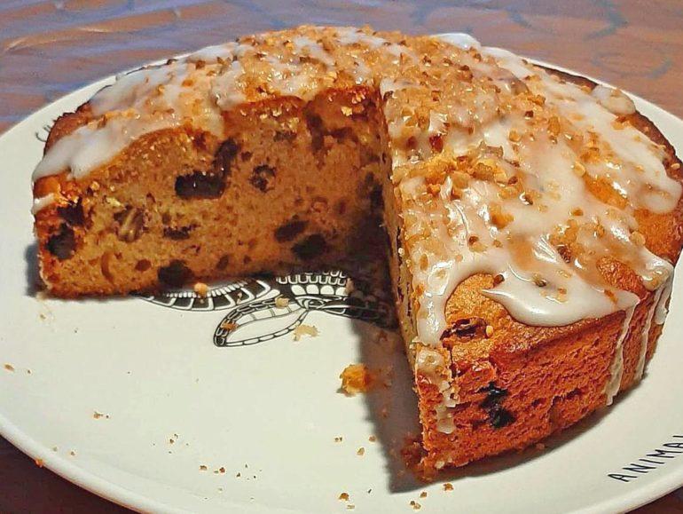 Vegan cake, appel-walnoot