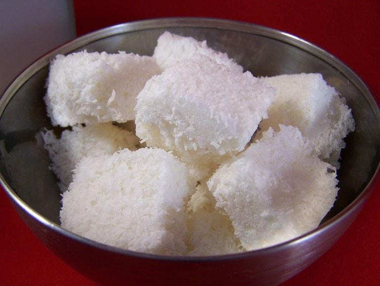 kokos bonbons, koekjes, glutenvrij, zonder soja, plantaardig, koemelkvrij, zonder ei, suikervrij, koolhydraatarm