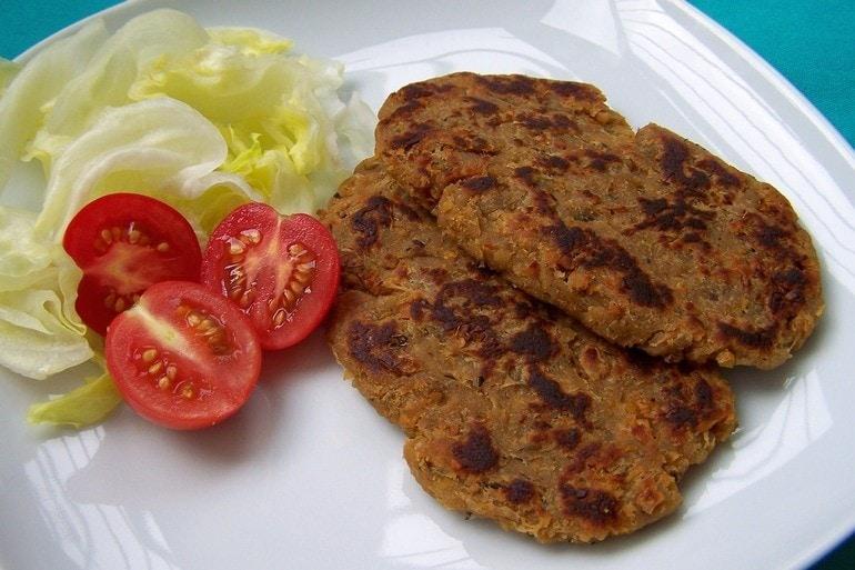 Malse kikkererwtenburgers, vegetarisch, veganistisch