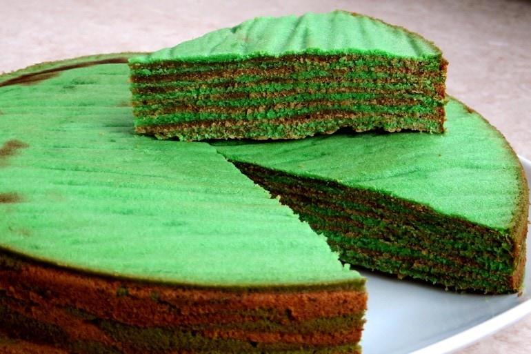 Vegan spekkoek gebak