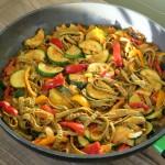 Romige pasta met tomatentapenade, vegan