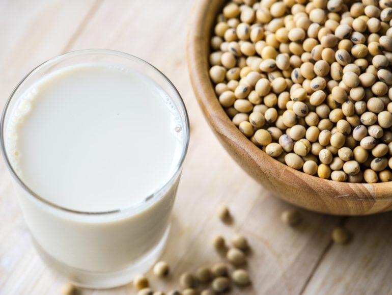 Sojamelk, plantenmelk, verrijkt, calcium, B12